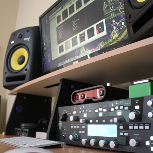 Kemper Profiling Amp vs  Line6 PODFarm tone test with Ibanez